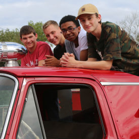 A Christmas dream come true Restoring 1962 fire truck teaches Boys Ranch youth skills -- and about themselves