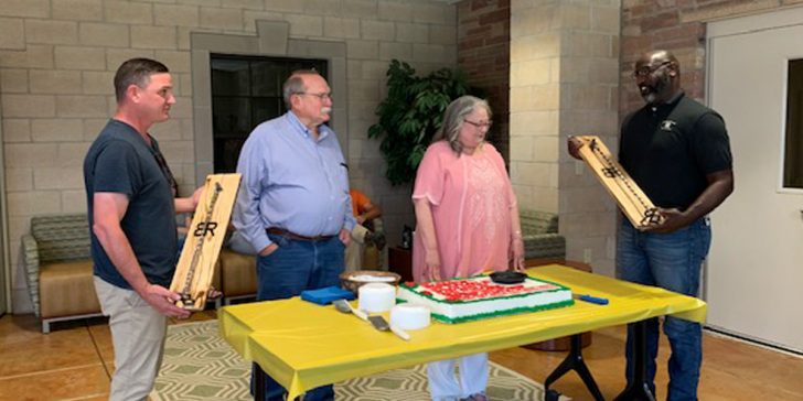 Retirement reception honors Cliff and Dona Goss